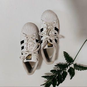 Adidas white senakers size 8